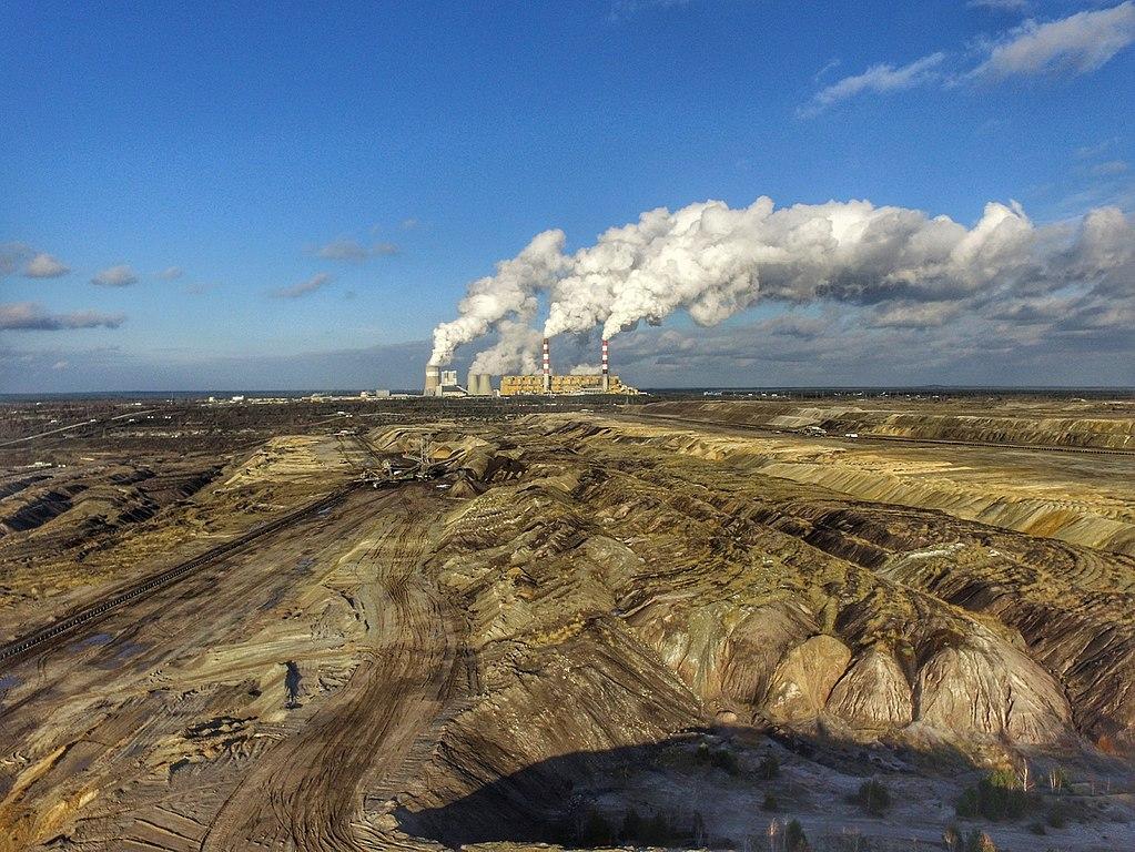 1024px-Be%C5%82chat%C3%B3w_Lignite_Coal_Mine