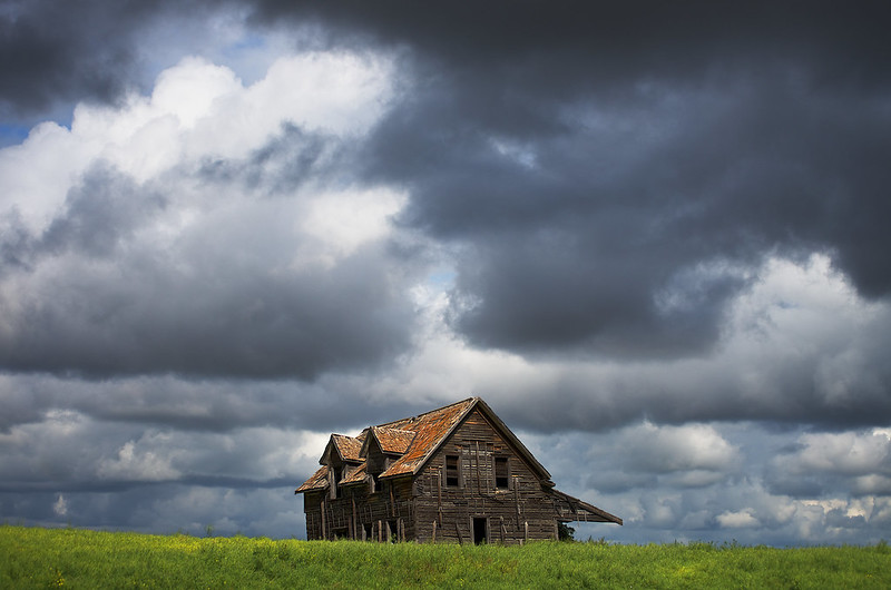 house_storm_by_Mark%20Iocchelli